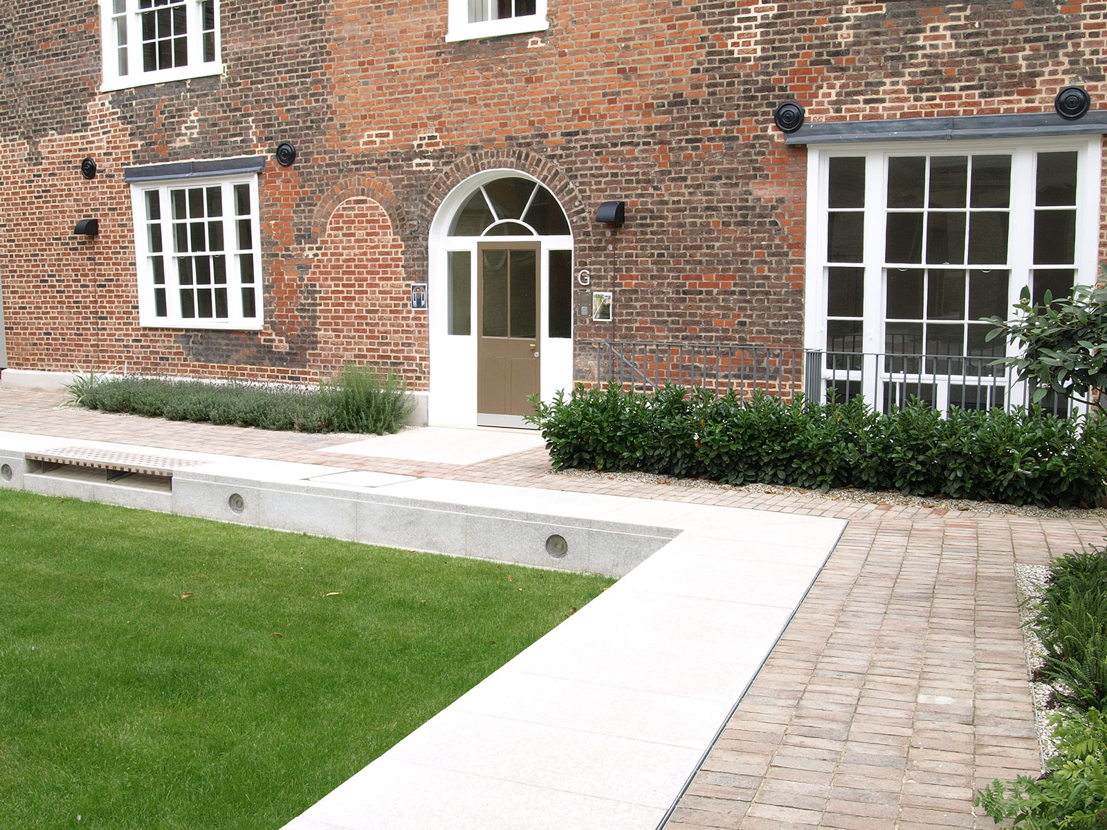 Elmswell Contractors-Hard Landscaping-Surfacing-Paving-Grasscrete-Suffolk-Norfolk-Cambridgeshire
